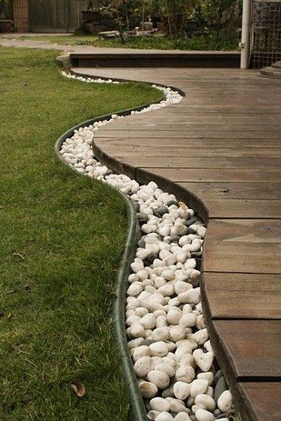 Use-Rope-Lighting-to-Line-Your-Garden